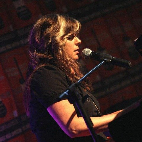 Kellie Wenzel, Vocalist & Musician
